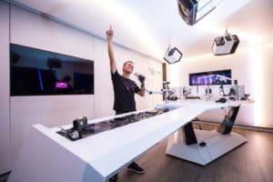 asot 800 live video brodcast